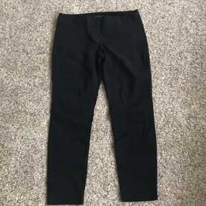 Limited black exact stretch ankle pants size 8